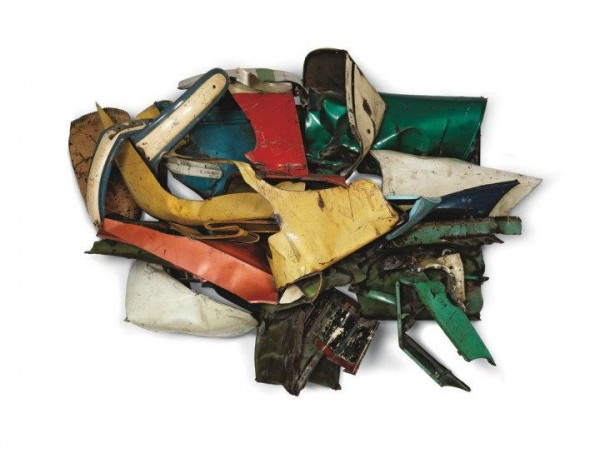 john-chamberlain-crushed-car-exhibition-6-600x453